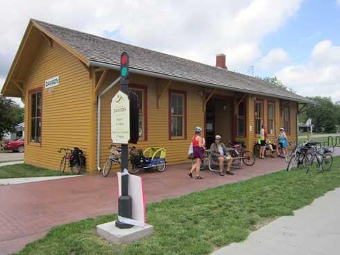 Dawson-Depot-populer-Stop-allDay panjang